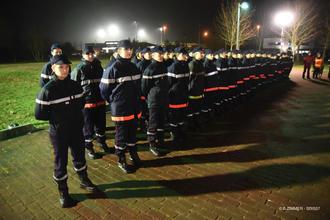 Anniversaire de l int gration des femmes chez les sapeurs - Grille indiciaire adjudant sapeur pompier professionnel ...